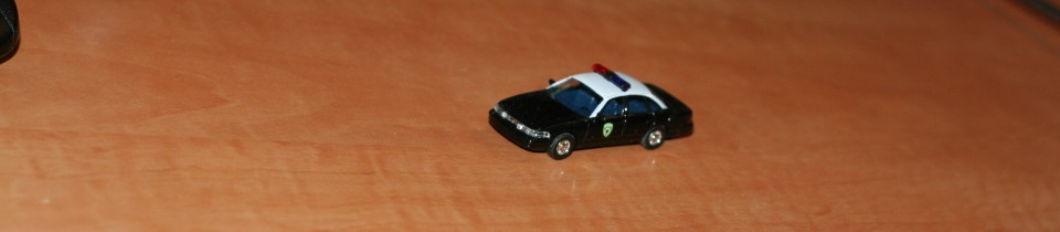crown victoria bush scale 1:87